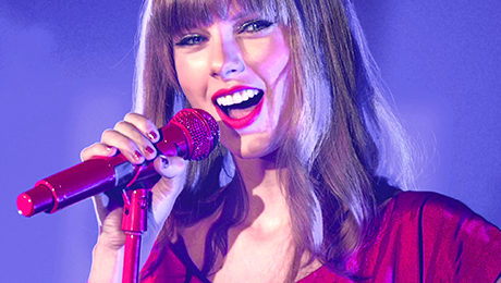 "What Taylor Swift's ""Swiftmas"" Can Teach B2B Marketers About Delighting Customers"